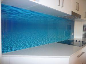 mutfak arası cam panel