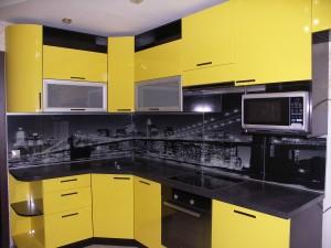 mutfak tezgah arası cam panel